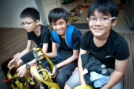 Happy faces and definitely all rearing to climb some wall. All equipped and patience