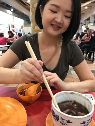 Tutor Yuet Ling at ABC Market, Queensway, SGP
